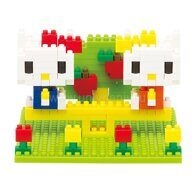 nanoblock Hello Kitty и Mimmy в парке